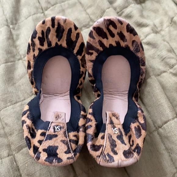 YS Cheetah FoldAble Leather Flats